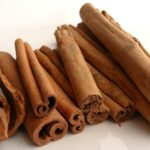 Benefits, Advantages, Disadvantages and some of key nutrients of flavoring cinnamon in vegetables